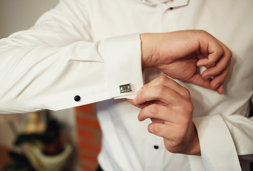 自分らしさを出せる シャツの襟、袖の型について